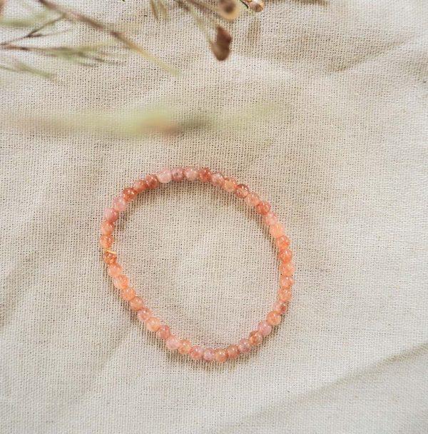Oranje maansteen 4mm kralen armbandje